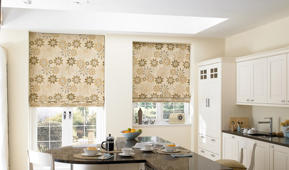 Blackout blinds dubai curtains dubai blinds shades for Perfect kitchen sharjah